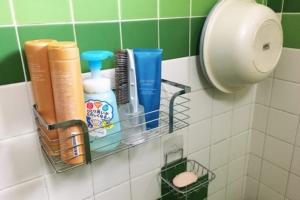 吸盤補助板を活用! お風呂のシャンプー置き場、石鹸置き場